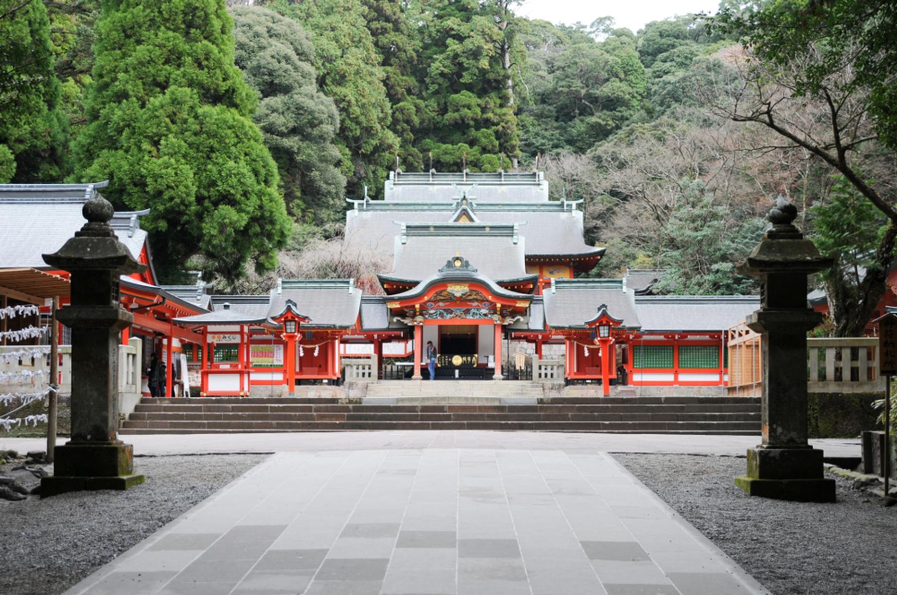 鹿児島県 6世紀に創建された古い歴史を誇る霧島神宮