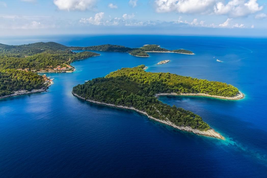 To καταπράσινο νησί και Εθνικό Πάρκο Μλιετ στις Δαλματικές Ακτές - διακοπές στην Κροατία την άνοιξη
