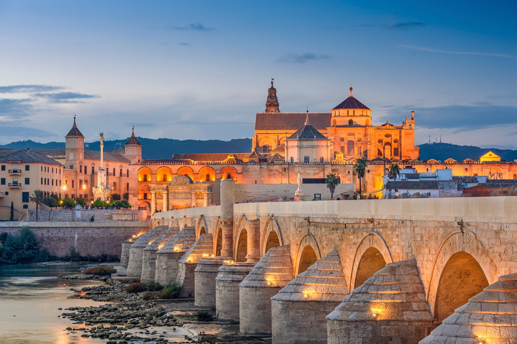 Puente Romano y Mezquita Catedral de Córdoba