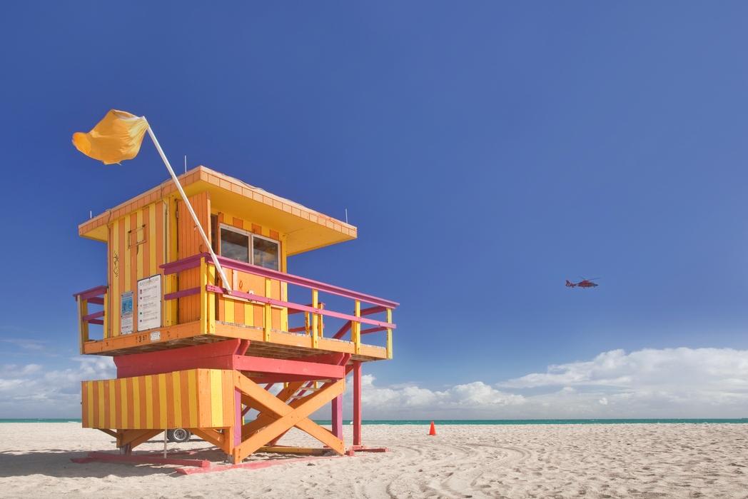 A beach in Miami - cheap flights to the USA