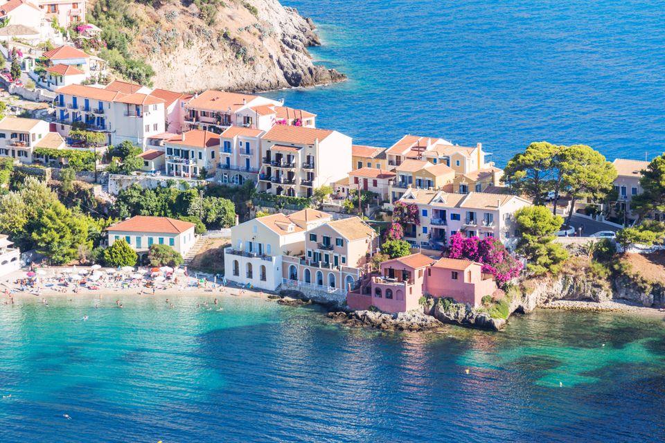 Πανοραμική θέα στα σπίτια της Κεφαλονιάς - απ' τους καλύτερους προορισμούς για διακοπές τον Δεκαπενταύγουστο 2019
