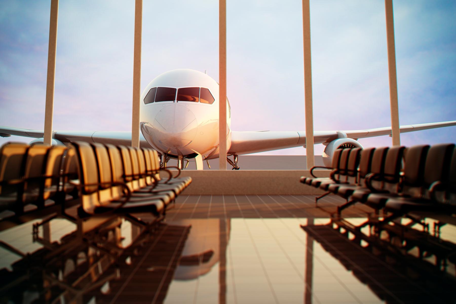 Avião estacionado no pátio