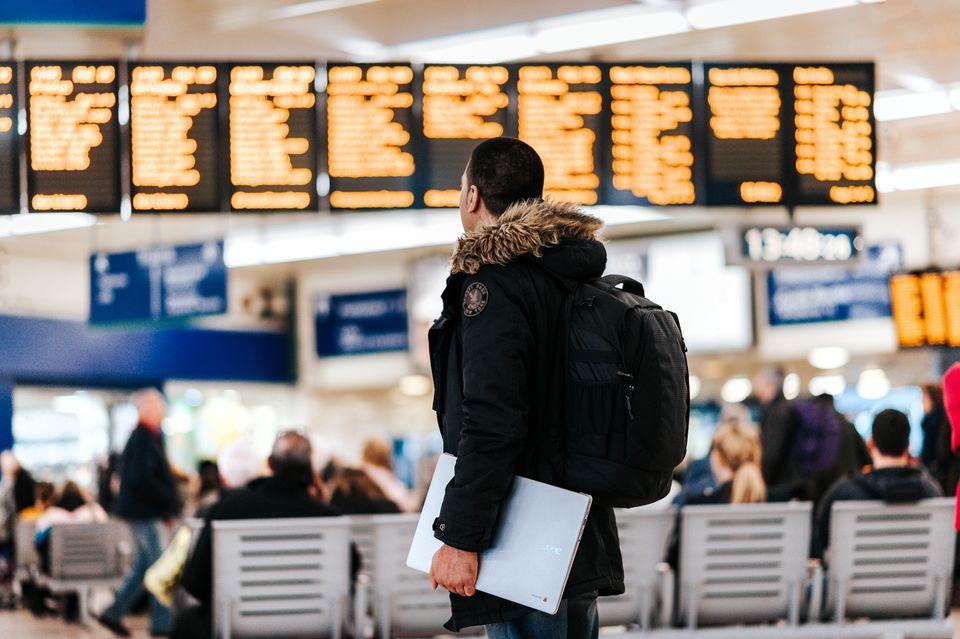 Jak się spakować, by bagaż doleciał?