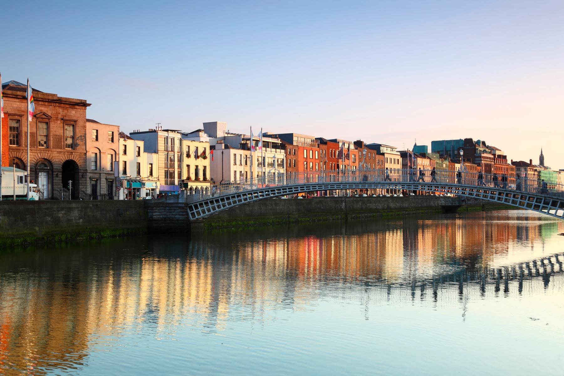Dublin, na Irlanda, exige certificado negativo do exame PCR para COVID-19.