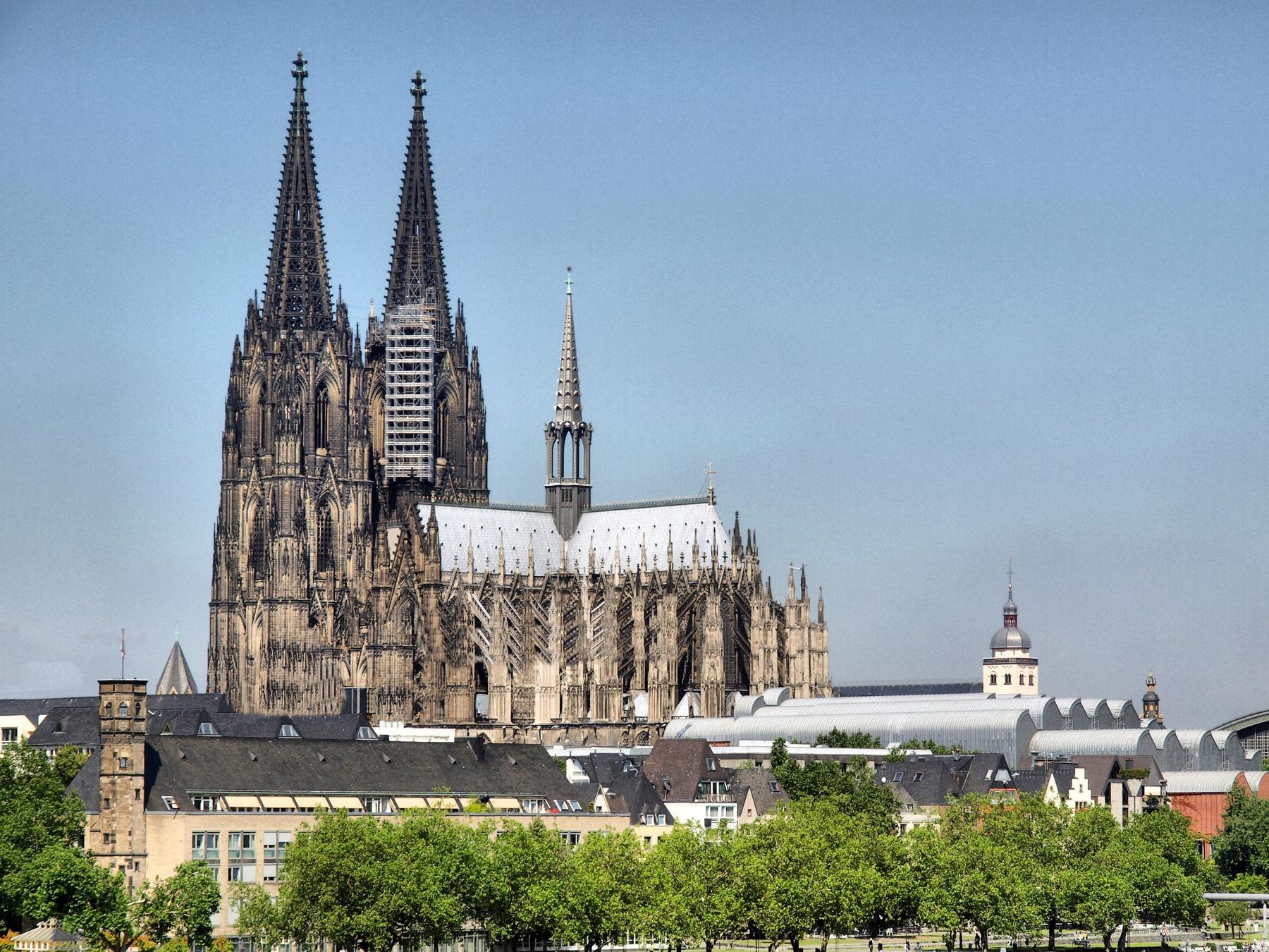 Der Kölner Dom ist eine der Top Sehenswürdigkeiten in Deutschland