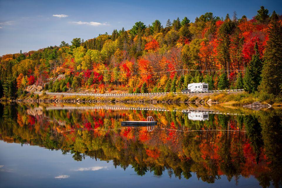 Wypad do Kanady jesienią kusi.
