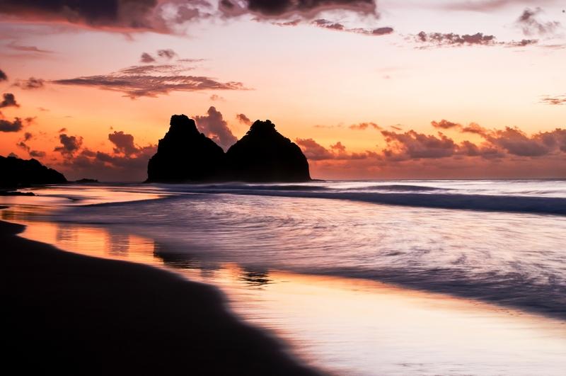Para encontrar a melhor hospedagem na ilha, basta clicar na foto!