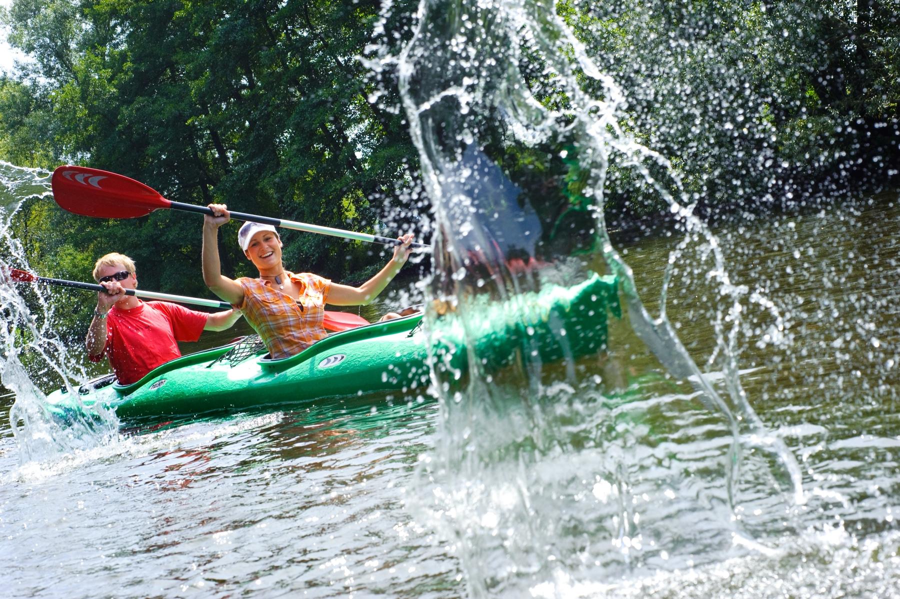 Urlaub im Thüringer Wald: Kanutour auf der Saale