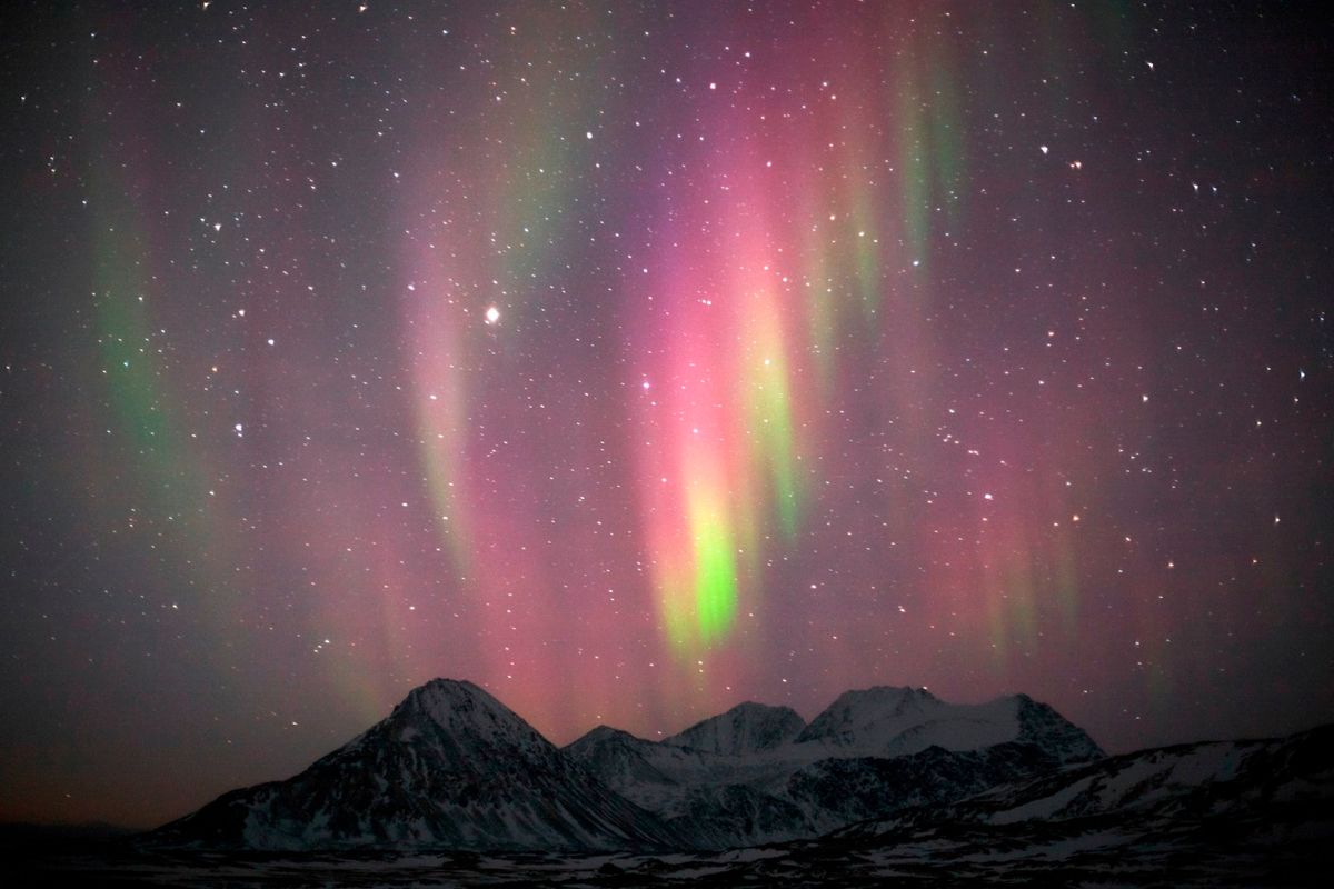 Gdzie zobaczyć zorzę polarną? W Norwegii