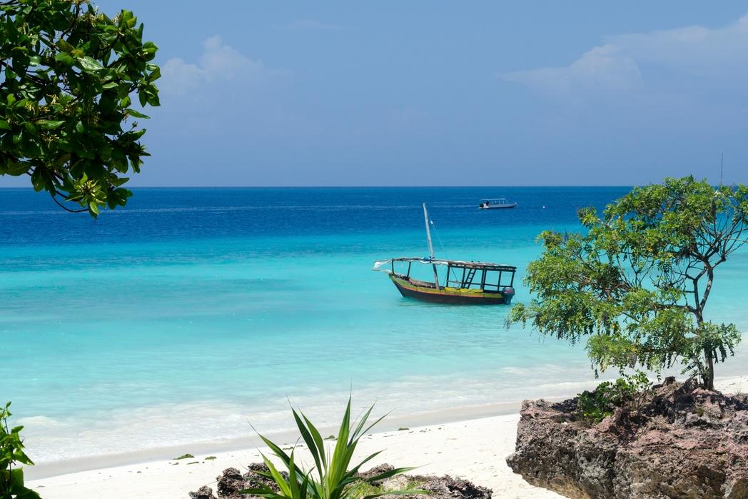 Zanzibar'ın beyaz kum sahili - alternatif Kurban Bayramı tatili