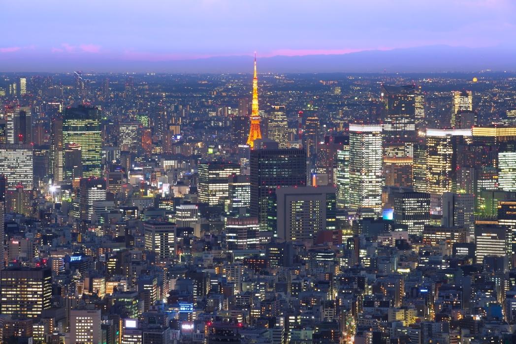 Ηλιοβασίλεμα πάνω απ' τους ουρανοξύστες - ταξίδι στο Τόκιο
