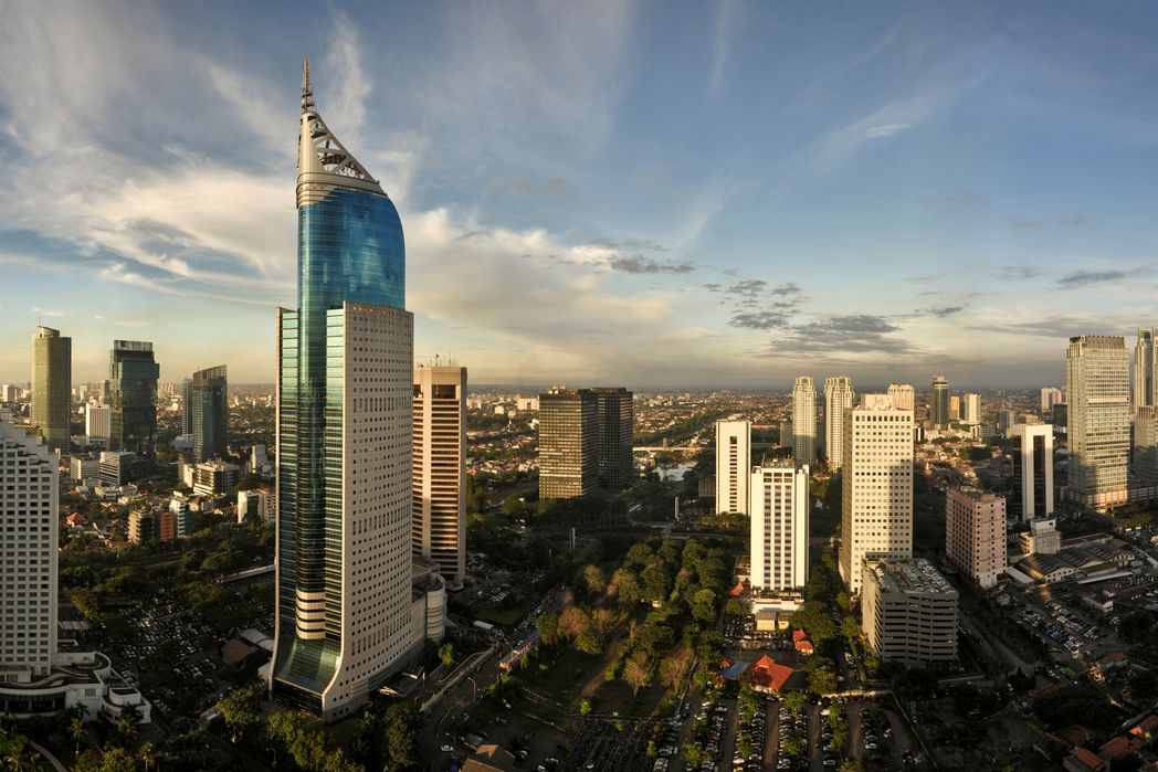 Ουρανοξύστες στη Τζακάρτα, Ινδονησία - Πού να πάτε ταξίδι τον Δεκέμβριο