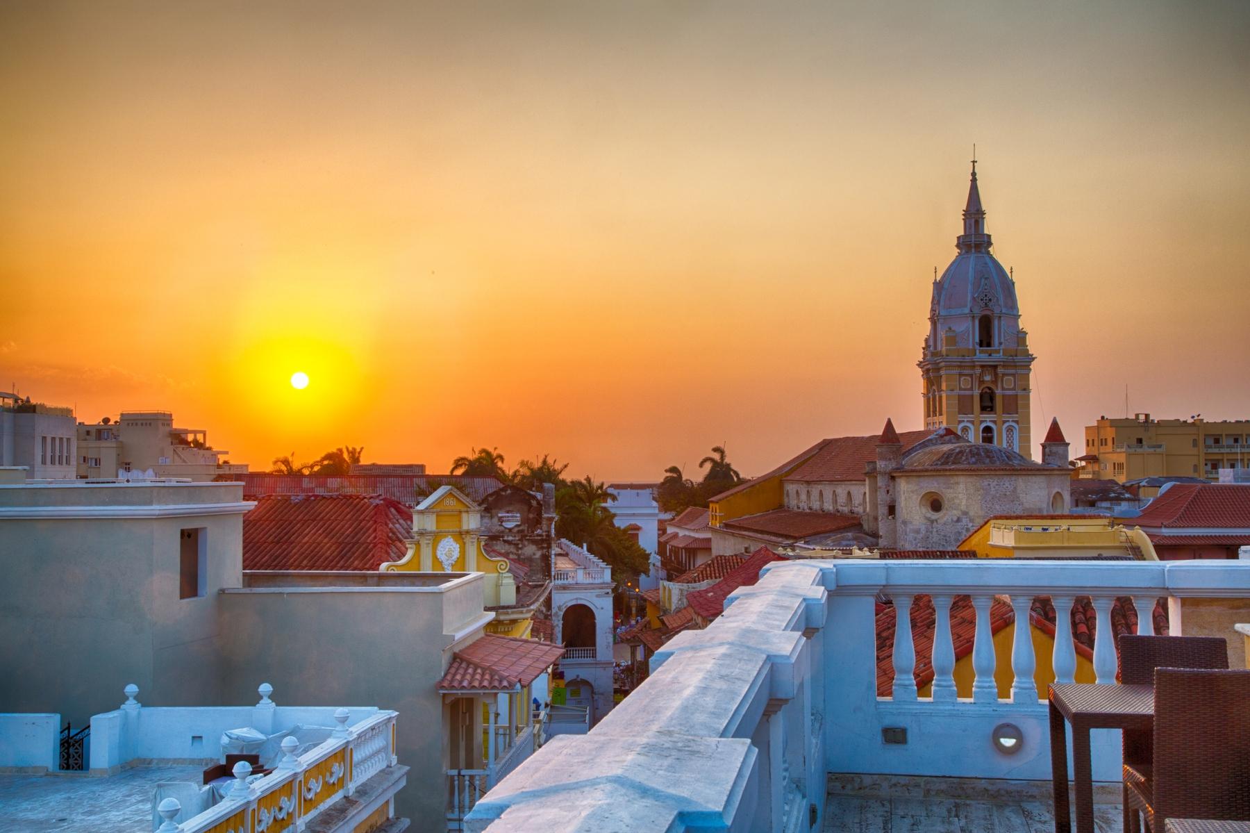 Pôr do sol em Cartagena na Colômbia
