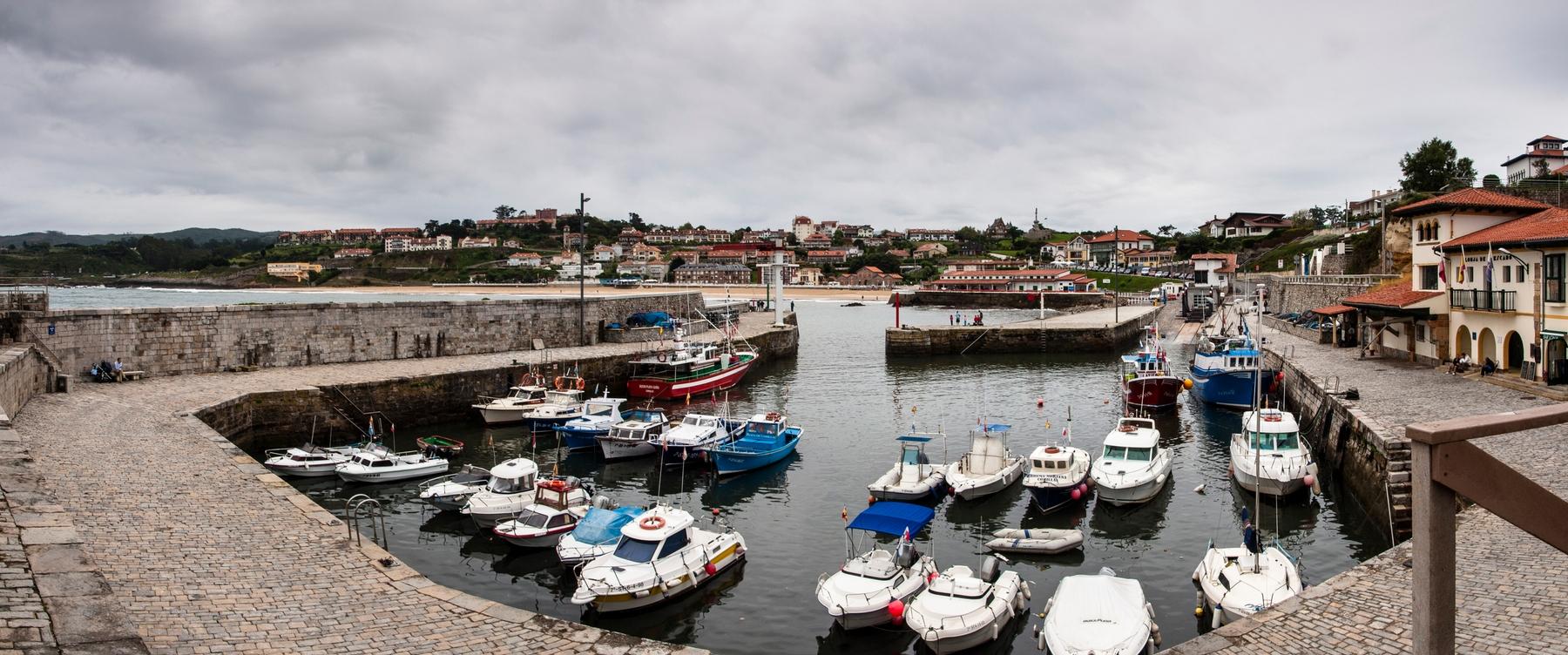 Los 20 pueblos costeros más bonitos de España: Comillas