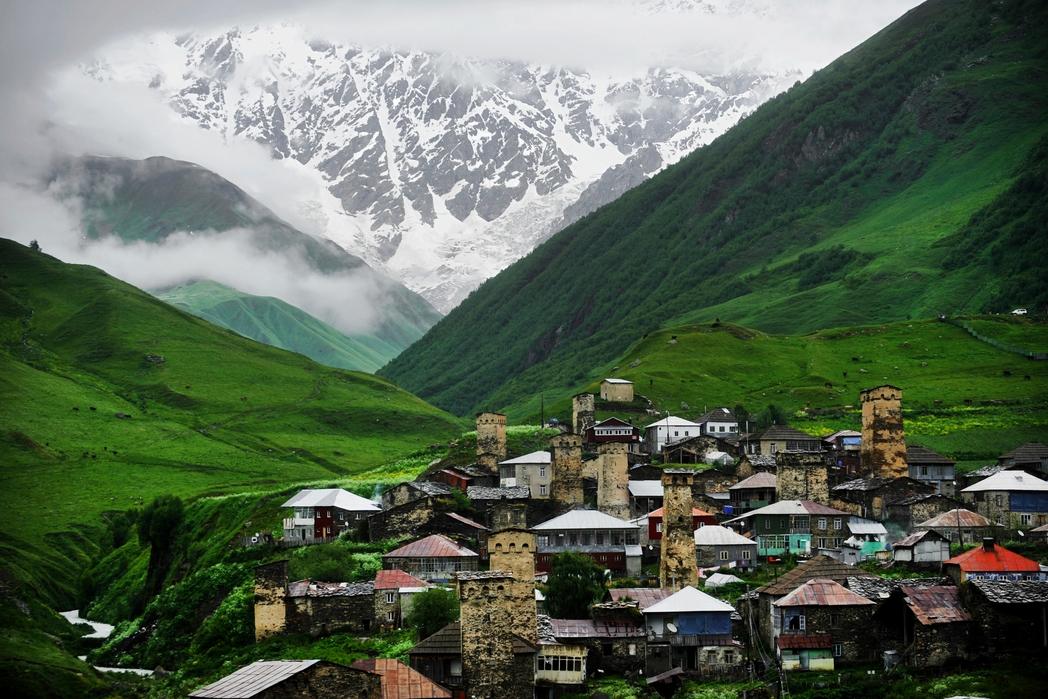 To υψηλότερο χωριό στον Καύκασο, Ushguli - ταξίδι τη Γεωργία