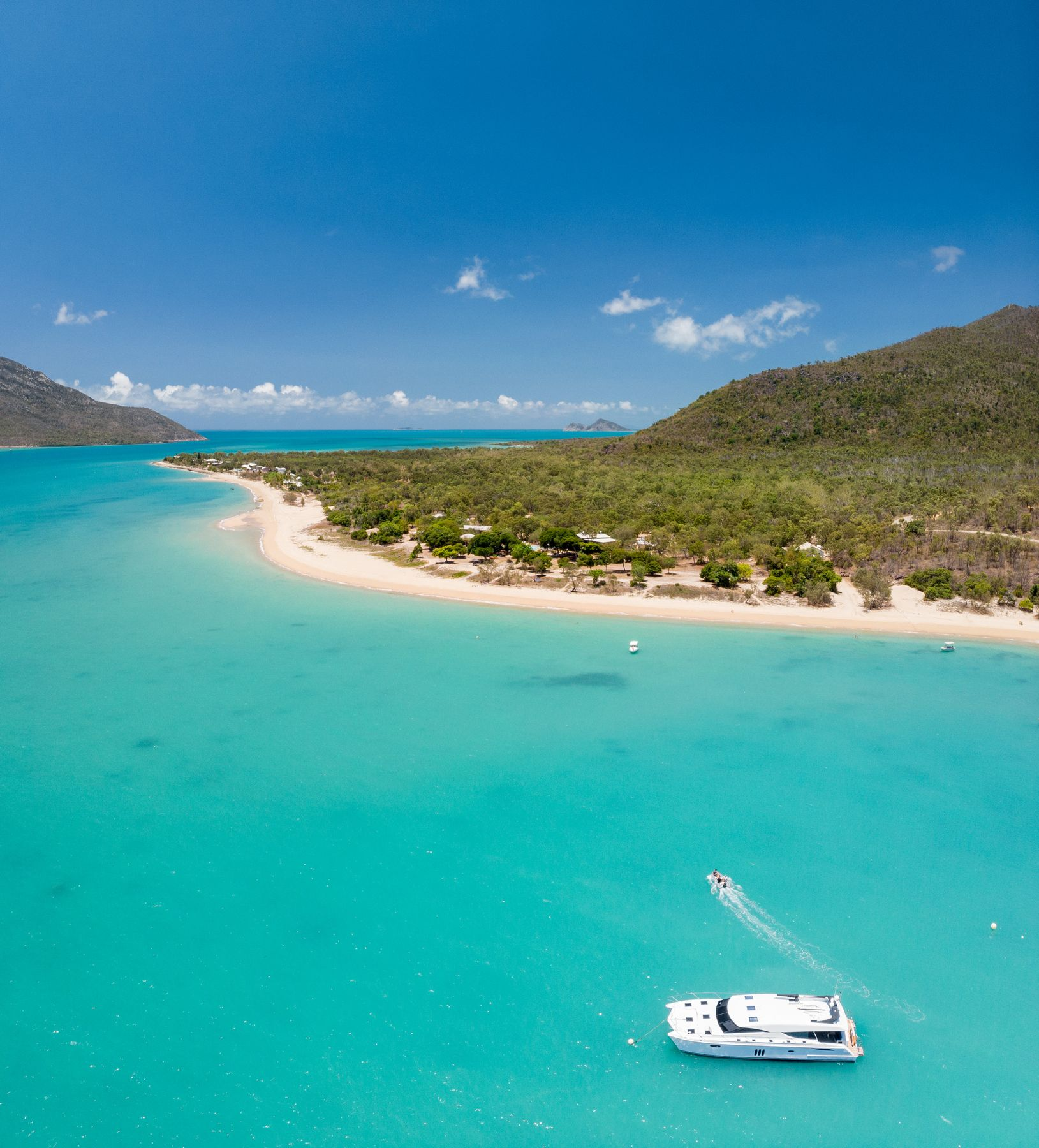 Island hop in the Whitsundays on a holiday in Queensland