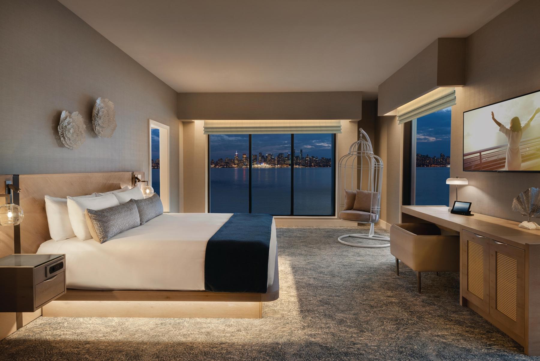 Bedroom at Seaside Vancouver hotel