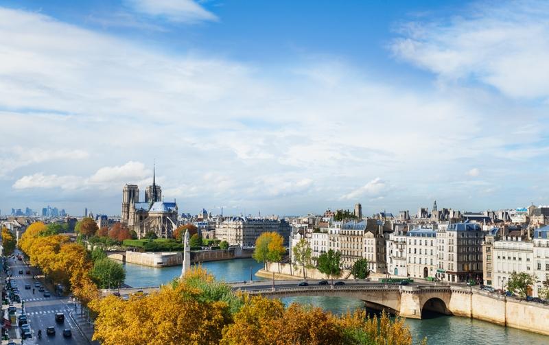 Ao clicar na foto, você confere dicas para fazer compras em Paris!