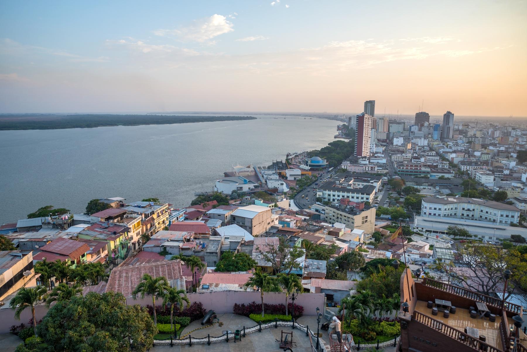 guayaquil, islas galapagos, rio guayas, que hacer en guayaquil, mirador guayaquil, donde hospedarse en guayaquil, ecuador