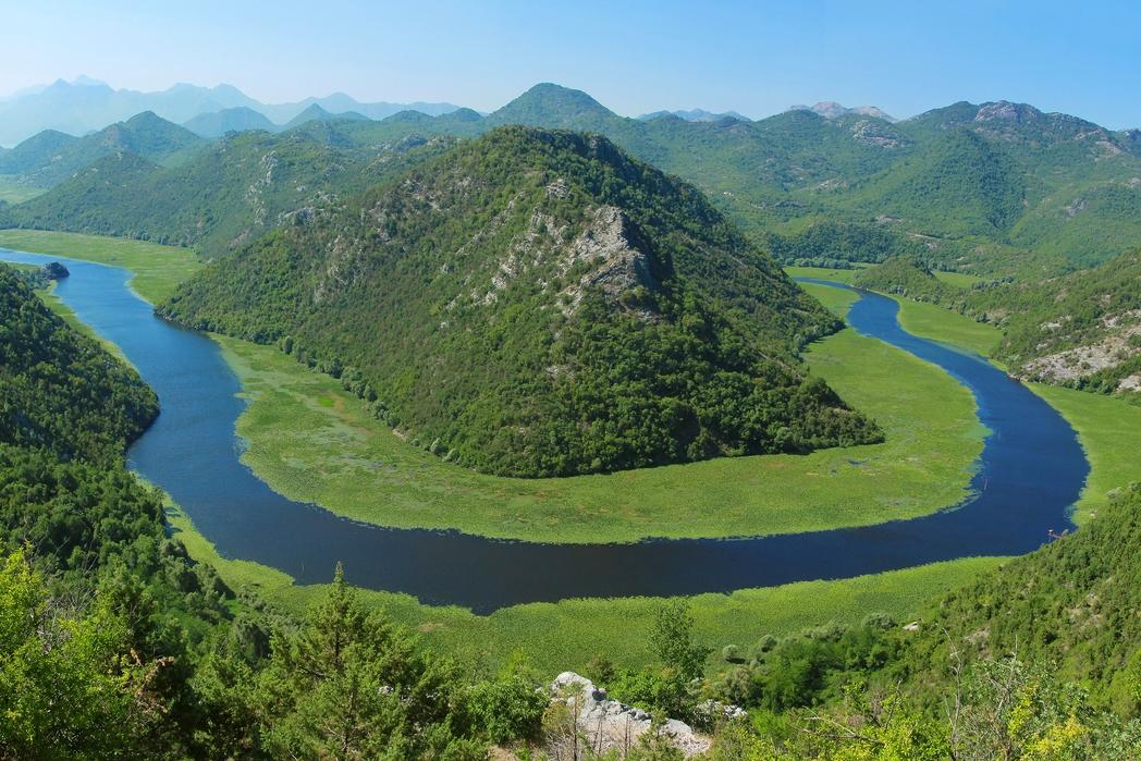 Το διάσημο υδάτινο πέταλο στη Λίμνη Σκόδρα στο Μαυροβούνιο.