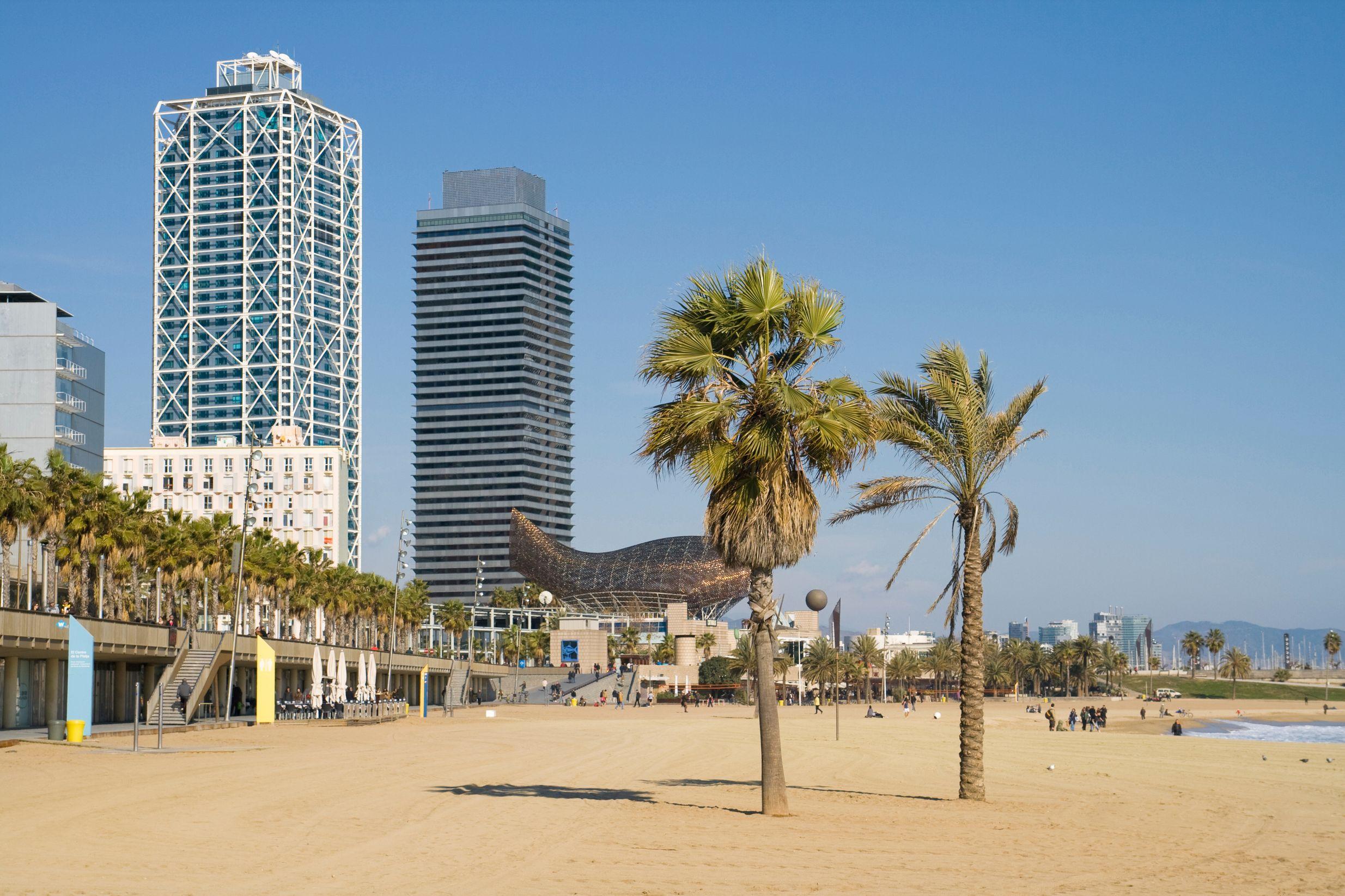 Barcelona beach - 5 best weekend breaks for studens