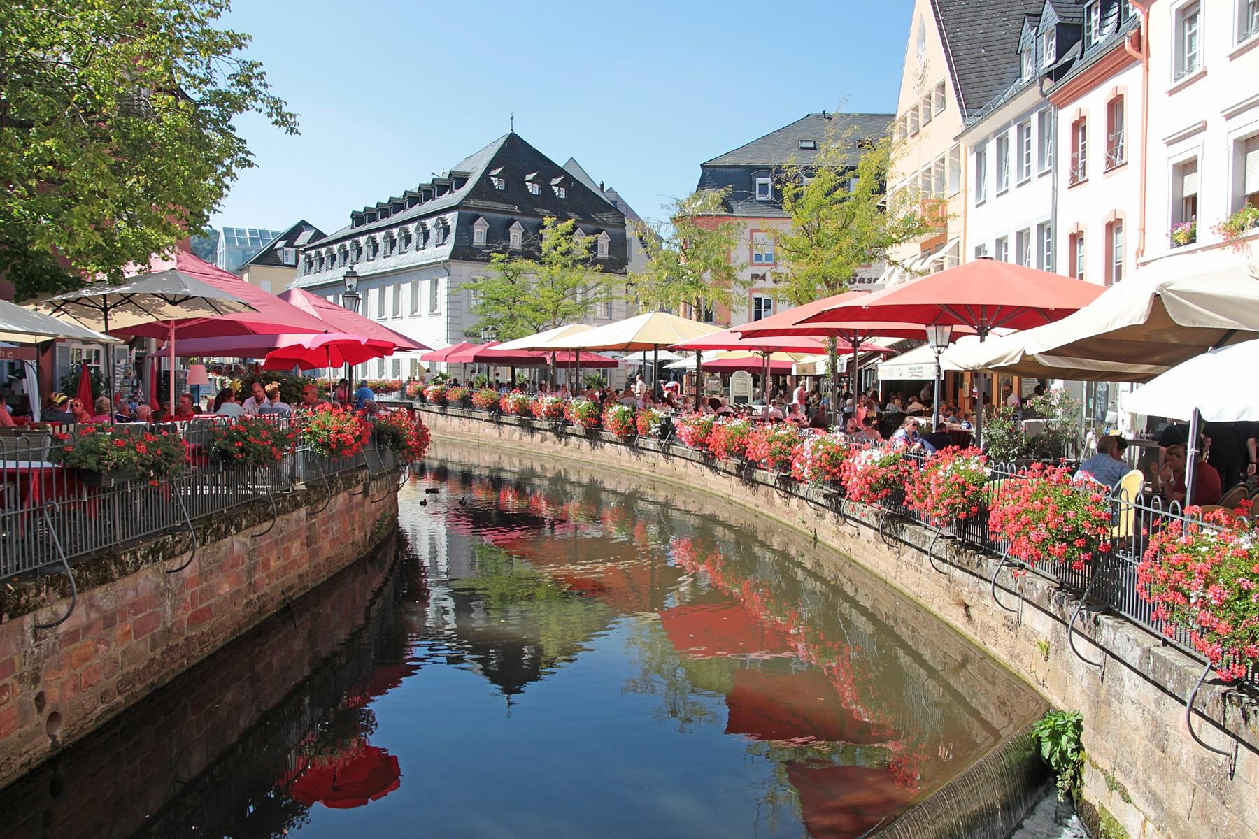 Das über tausend Jahre alte Saarburg begeistern seine Besucher mit schönen Fachwerkhäusern und einer idyllischen Lage