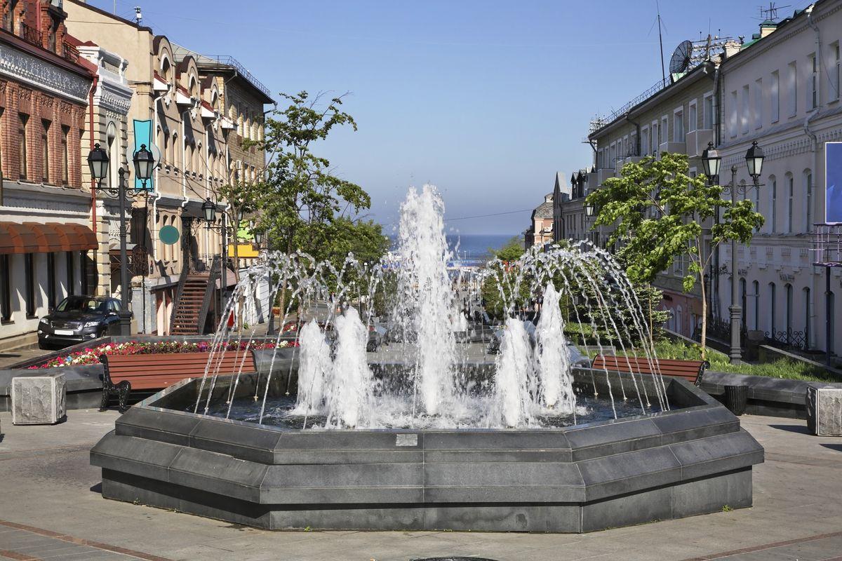 ウラジオストク(ロシア)アドミラーラ・フォーキナ通りにある噴水