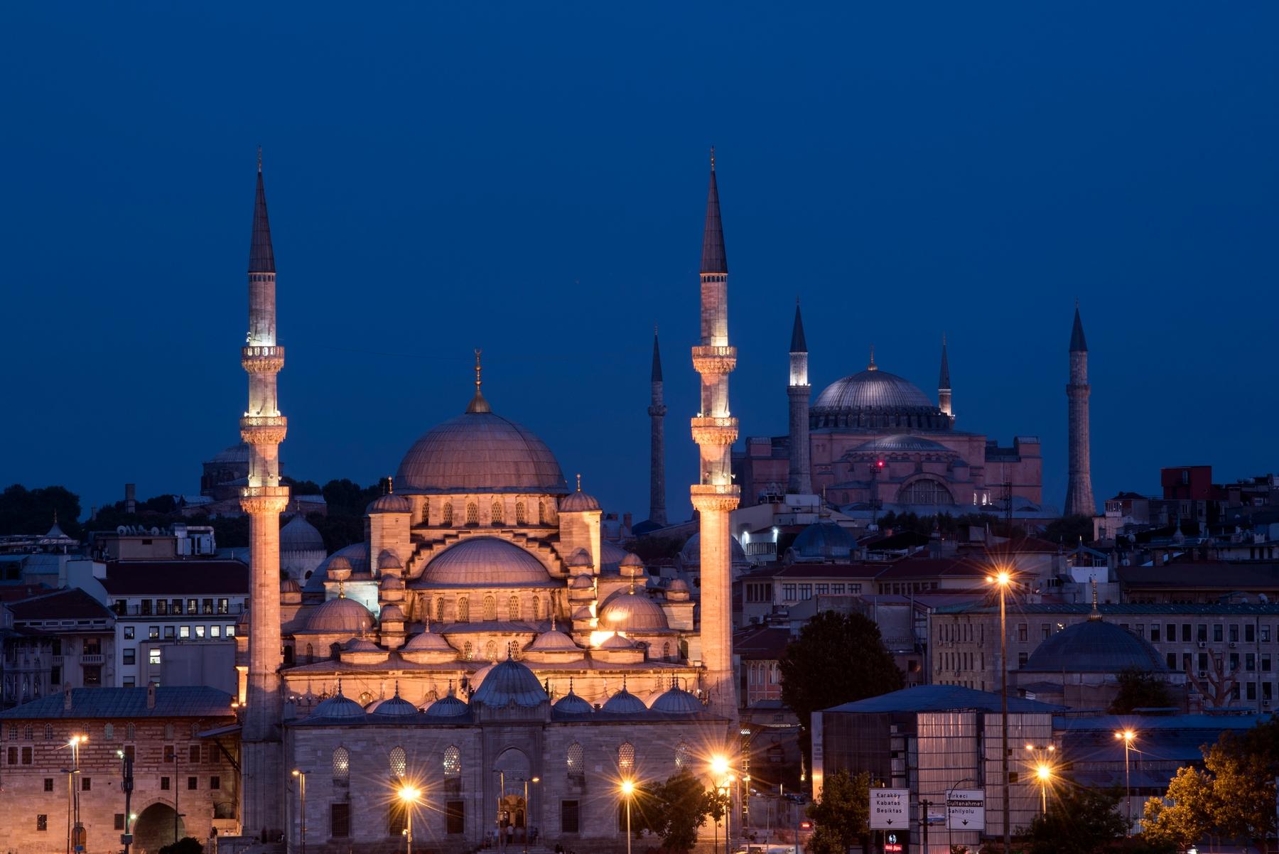 Куда поехать на ноябрьские к морю: Турция