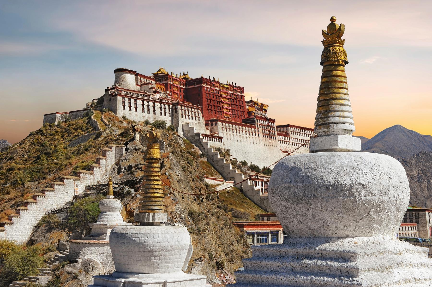 Необычная идея, куда поехать в Азию в первый раз: Лхаса, Тибет