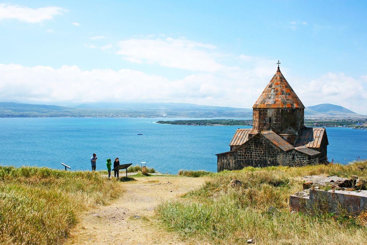 Есть ли в Армении пляжи