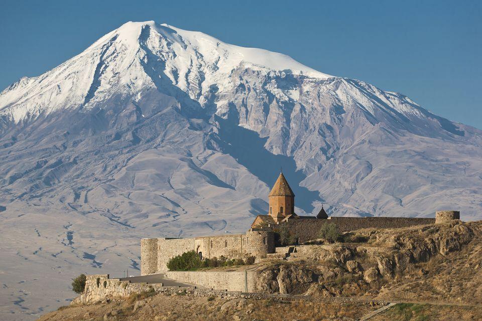 Сравнение интересных мест в Грузии и Армении