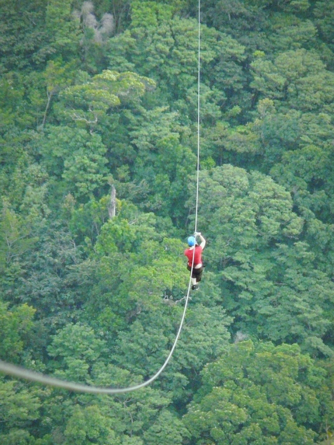 Ζipline στην Κόστα Ρίκα - βιώσιμος τουρισμός και πράσινα ταξίδια το 2020
