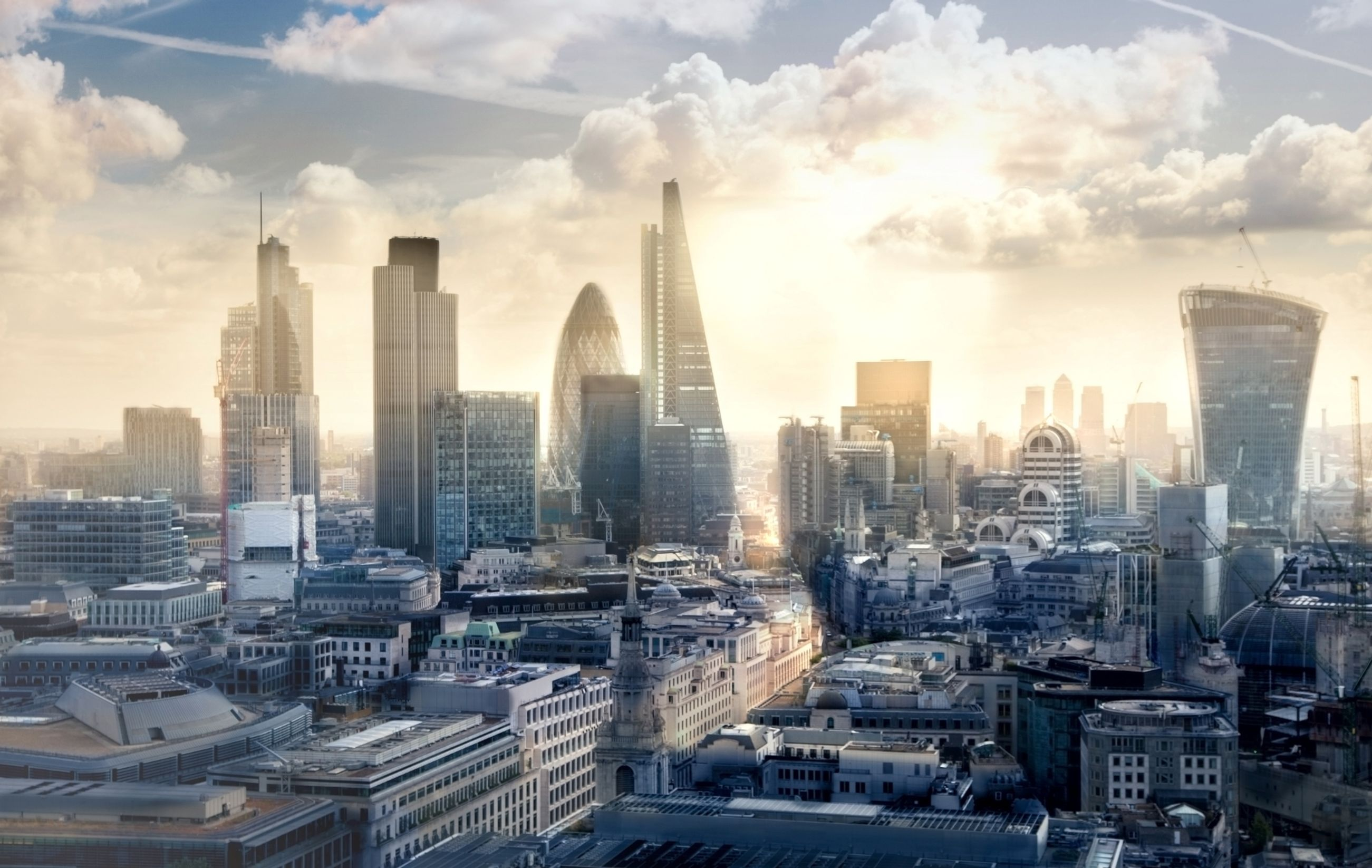 Panoramic view of London - 5 best weekend breaks for students