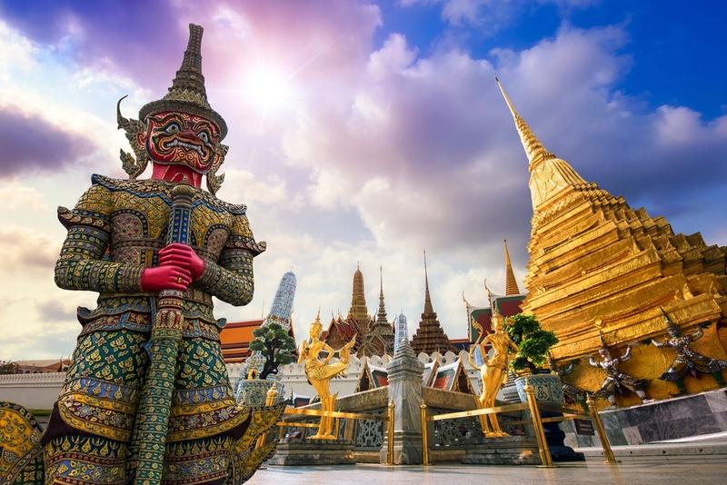 タイ バンコク ワット・プラ・ケオ(エメラルド寺院)