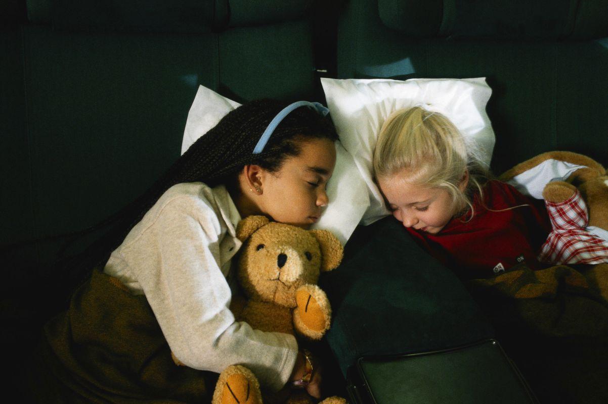 Κοριτσάκια που κοιμούνται