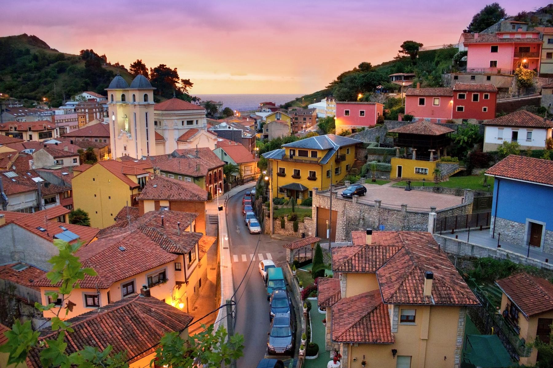 Los 20 pueblos costeros más bonitos de España: Llanes