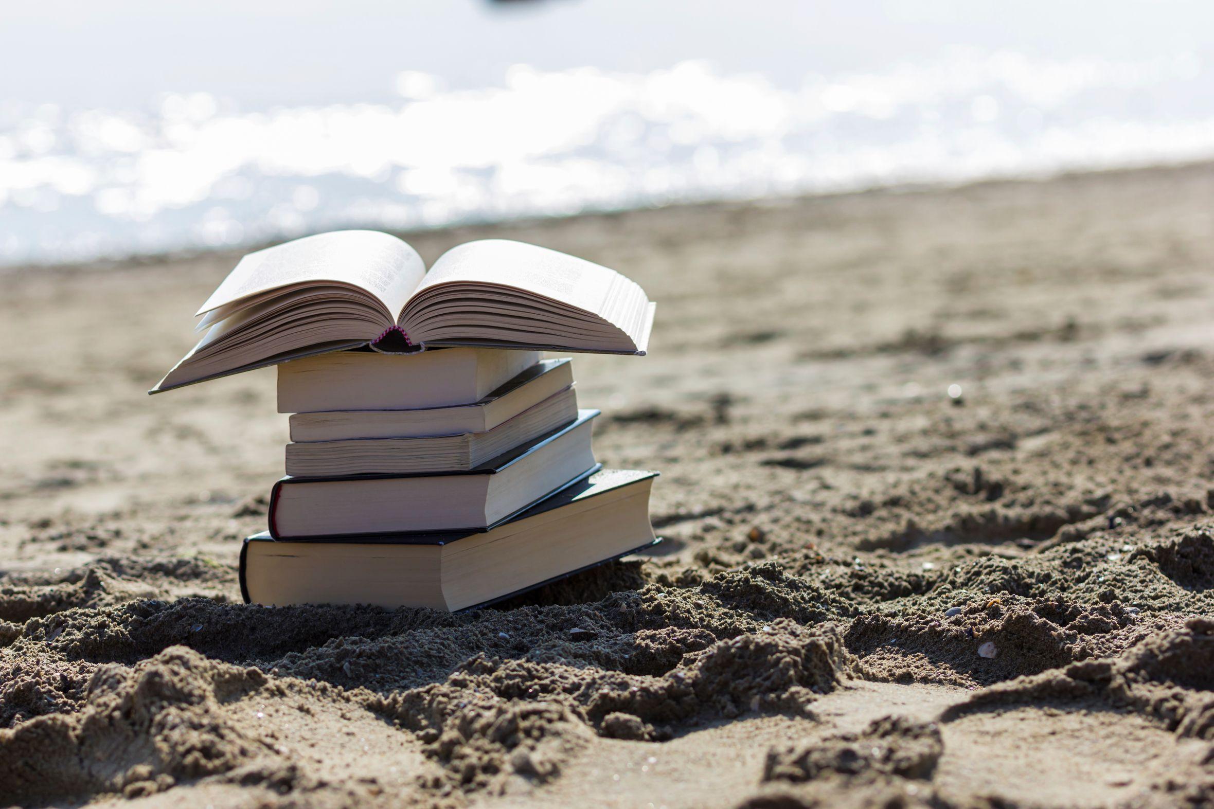 Αφήστε πίσω τα πολλά και βαριά βιβλία στις διακοπές σας