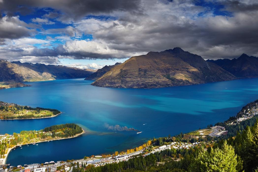 H λίμνη Wakatipu στη Νέα Ζηλανδία