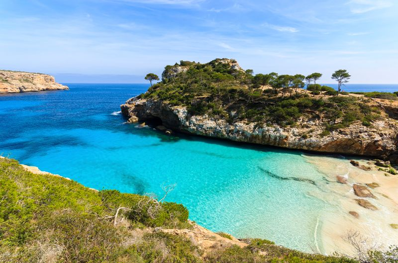 Descubra outras razões para viajar para a Espanha, clicando na foto!