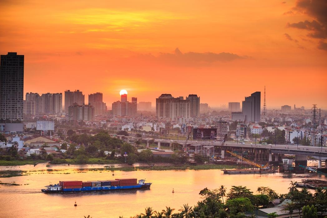 H Σαϊγκόν το ηλιοβασίλεμα