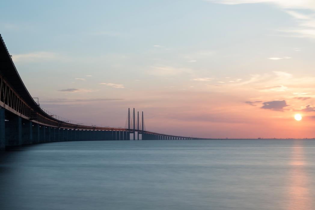Η γέφυρα Øresund (Ήχος) που ενώνει την Κοπεγχάγη της Δανίας με το Malmö της Σουηδίας.