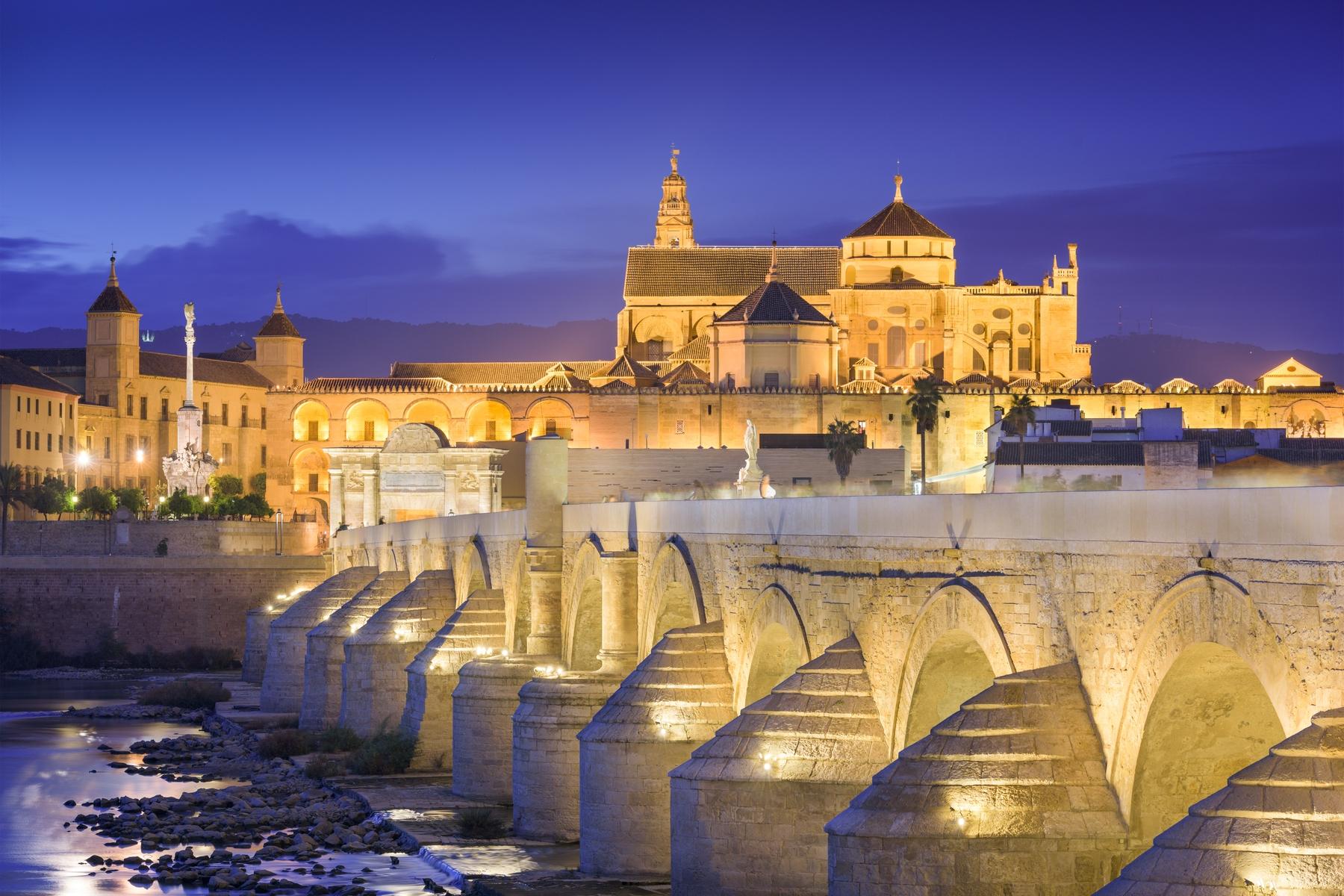 Puente Romano y Mezquita, lugares que visitar en Córdoba