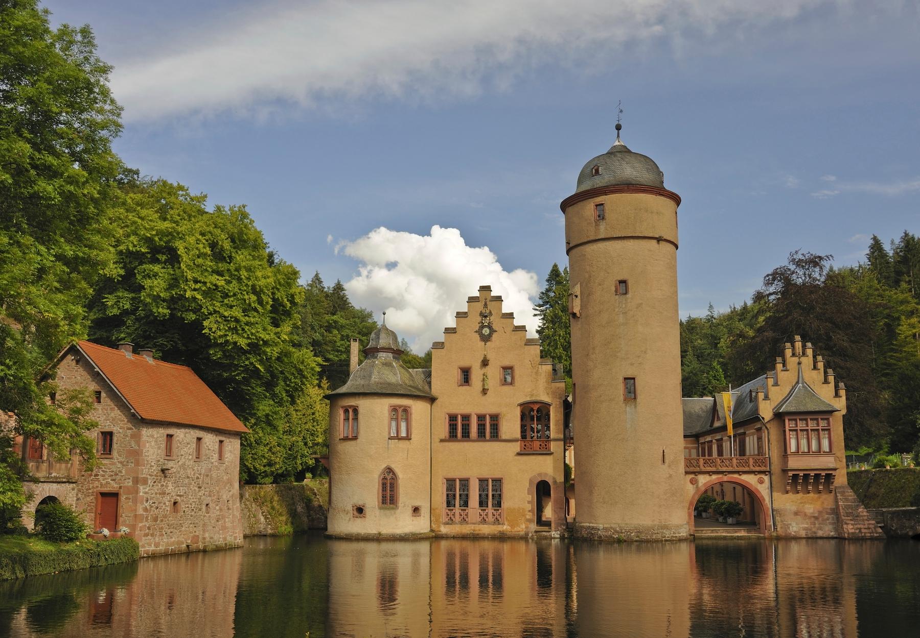 Schlösser und Burgen Deutschlands: Schloss Mespelbrunn