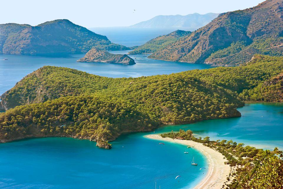 Живописный пляж в Турции