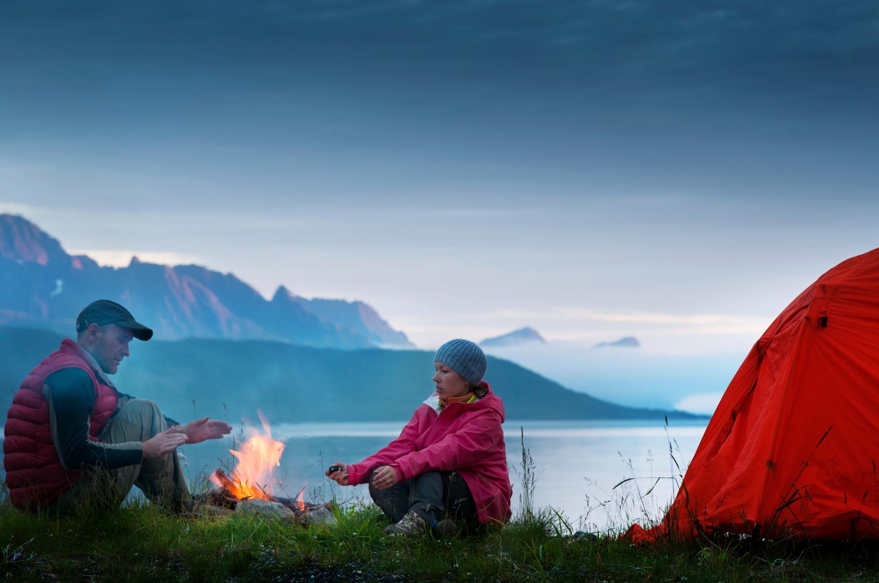 Camping lakeside