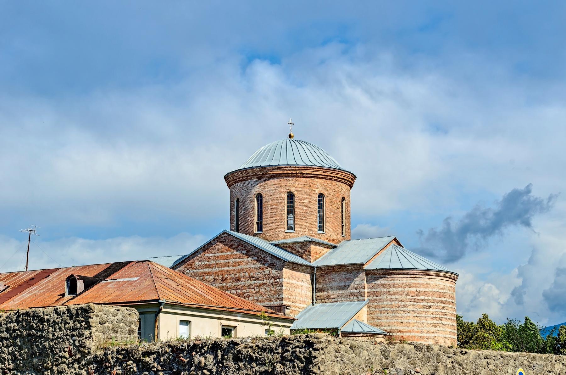 Памятники архитектуры Абхазии. Пицундский храм