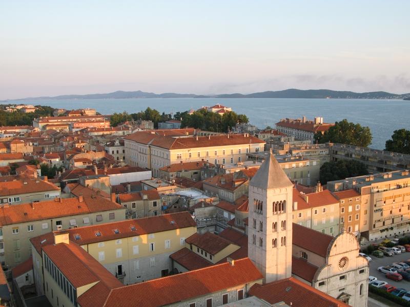Europäische Städte am Meer mit Strand: Zadar, Kroatien