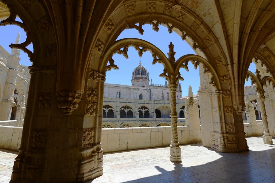 To Μοναστήρι των Ιερονυμιτών είναι απ' τα ωραιότερα αξιοθέατα που θα δείτε σε μια φθινοπωρινή απόδραση στη Λισαβόνα