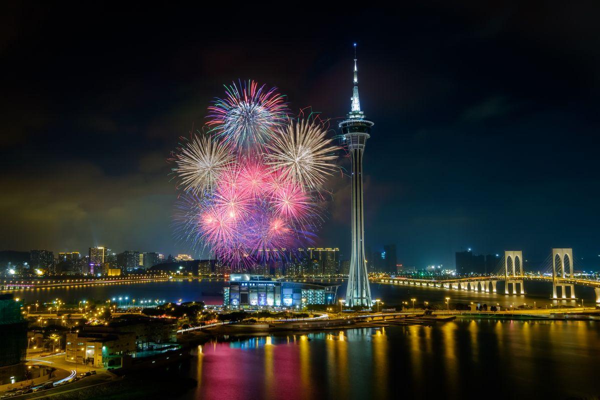 マカオ(中国)カウントダウンイベントの花火