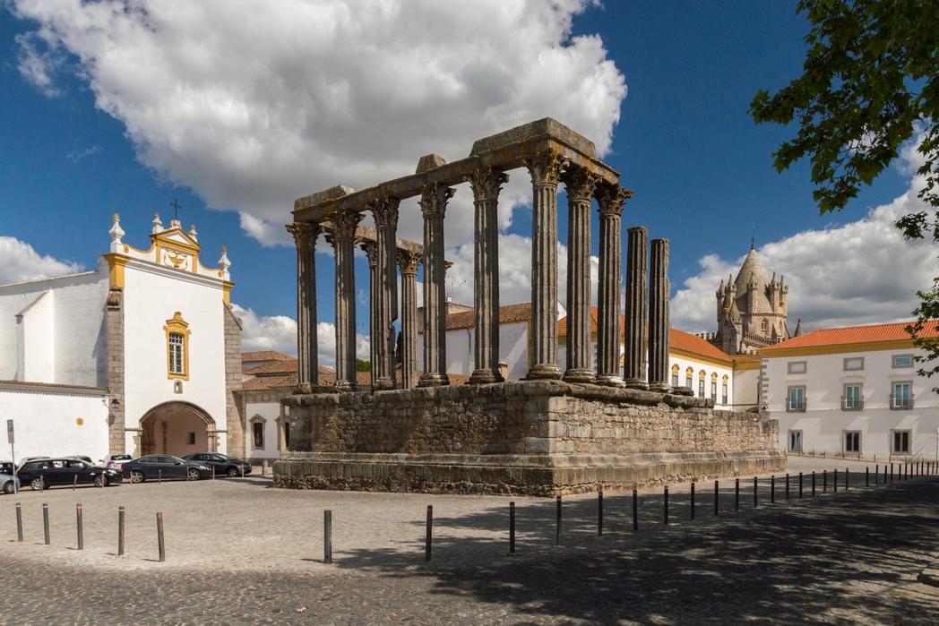 Evora, Portogallo on the road